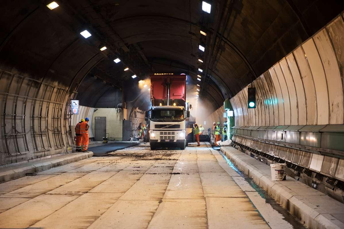 cogeis-infrastrutture-pavimentazioni-speciali-tunnel-montebianco-19 (2)