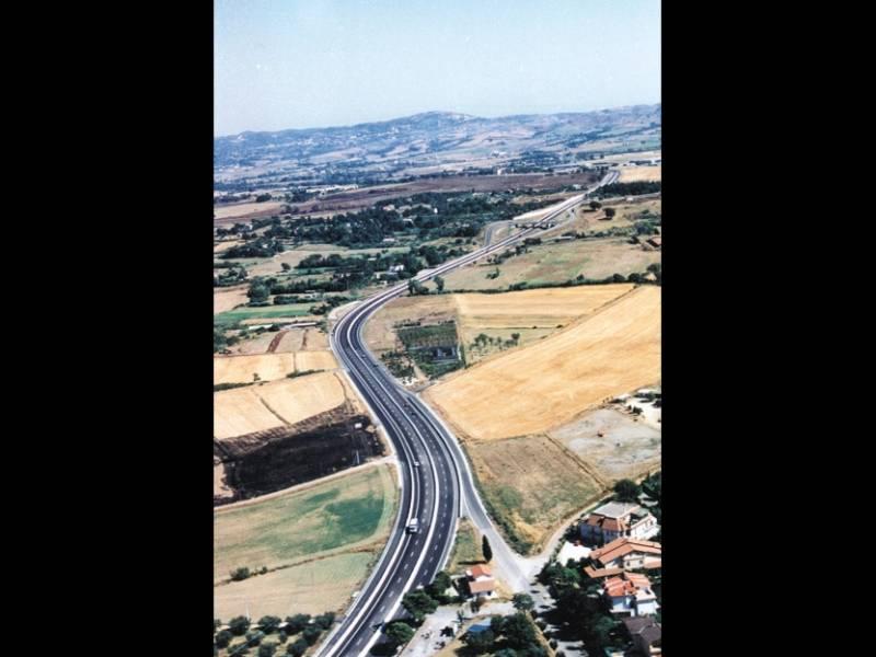 cogeis lavori - infrastrutture strade - ansa roma